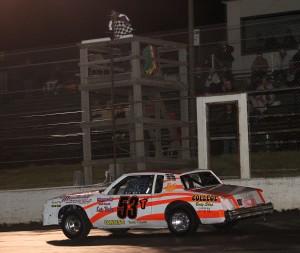 Tyler Garst ran to his 3rd straight win of the season. Reed Bros. Racing Photos