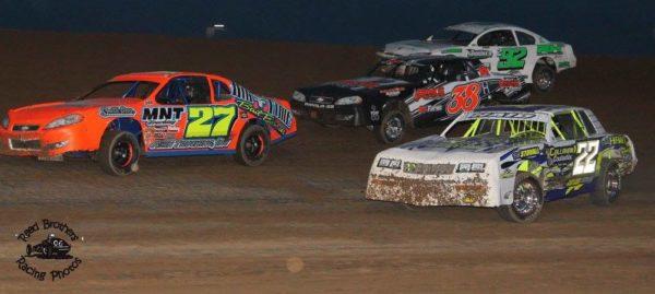 Racing action hot and heavy at Thunder Hill. Reed Bros. Racing Photos