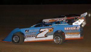 Dusty Leonard #7D passes Chris Kratzer #55. Reed Bros. Racing Photos