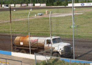 Mike Knight hard at work. Reed Bros. Racing Photos